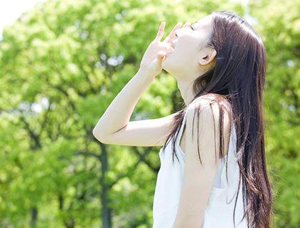 埼玉で心理カウンセリングのご利用なら | 笑顔の女性